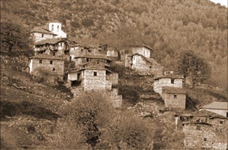 The traditional settlement of Kromni